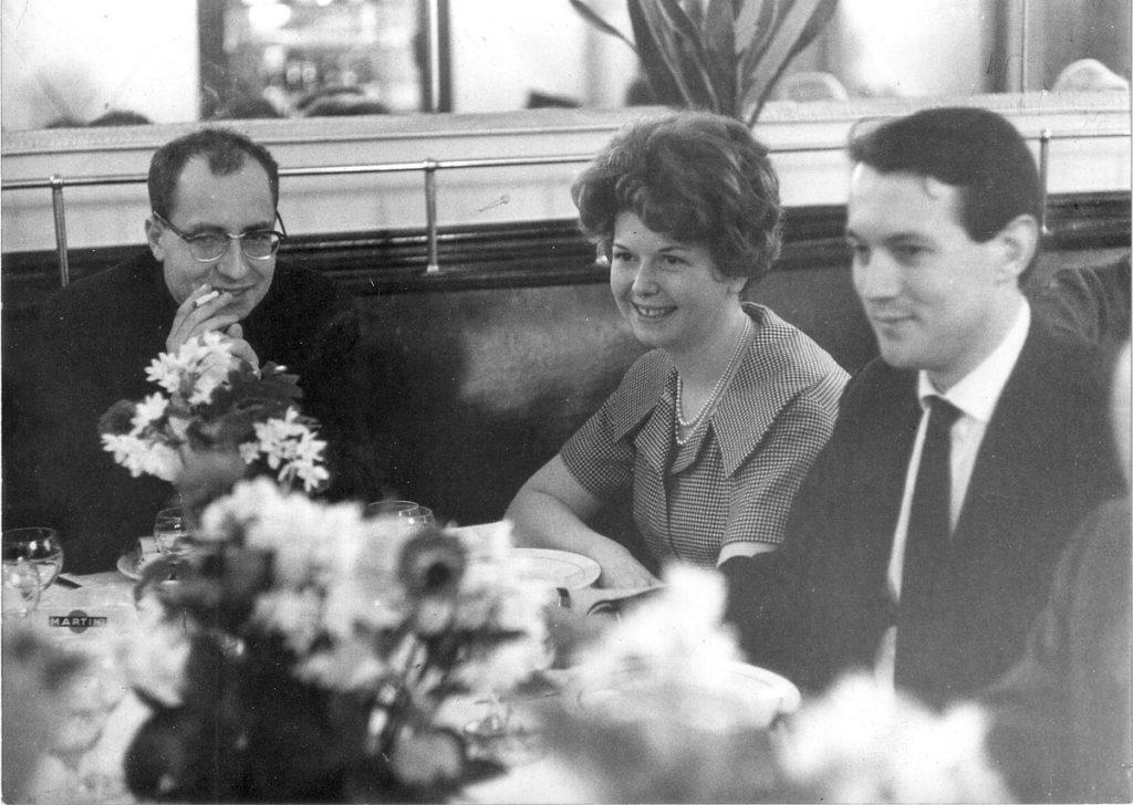 Pierre_Rissient,_Jacqueline_Ury_et_Michel_Mourlet_en_1961